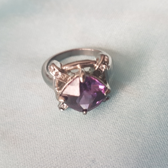 🔥3 for $30🔥Purple and rhinestone ring